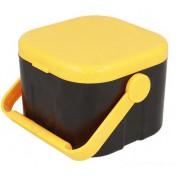 Коробка для наживки с пинцетом 100 x 100 x 77